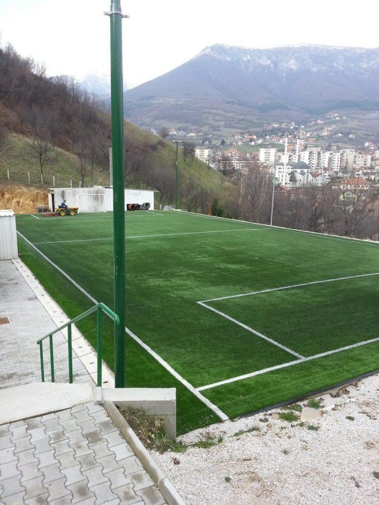 Vještačka trava, servis terena Travnik